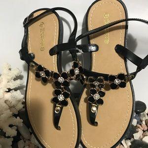 Elegant Comfortable Black Sandals brand new